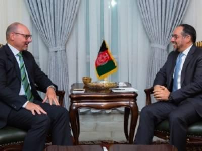 دیدار وزیر خارجه کشور با فرستاده ویژهی اتحادیه اروپا برای افغانستان